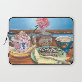 ''Catching Up'' Laptop Sleeve