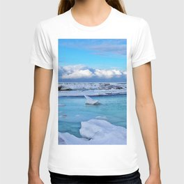 Frozen, and clouds on the Horizon T-shirt