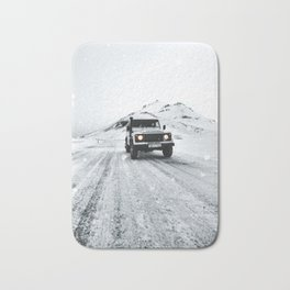 roadtrip in iceland Bath Mat