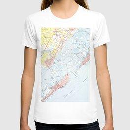 Vintage Map of Ocean City NJ (1952) T-shirt