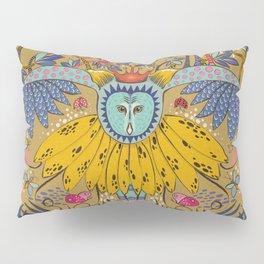 Owl in gold kingdom Pillow Sham
