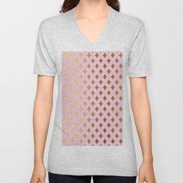 Queenlike - pink and gold elegant quatrefoil ornament pattern Unisex V-Neck