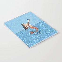 La Selfie Notebook