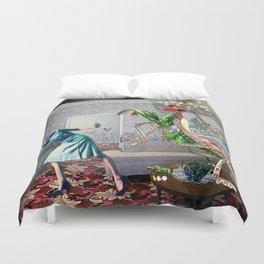 Mantis Encounter Duvet Cover