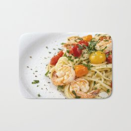 Spaghetti pasta with prawns Bath Mat