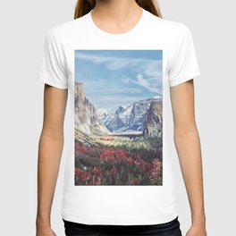 Tunnel View Yosemite Valley T-shirt