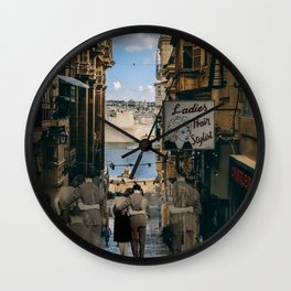 Infinite Walk Wall Clock
