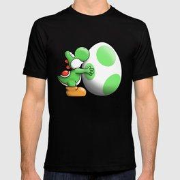 Yoshi Loves his Egg :) T-shirt