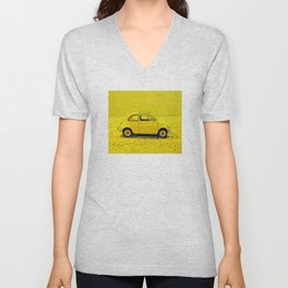 A classic, vintage 500 Italian car in sunshine yellow Unisex V-Neck