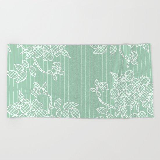 SPRING IN GREEN Beach Towel