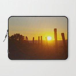 Sunbathe Laptop Sleeve