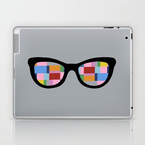 Square Eyes on Grey Laptop & iPad Skin