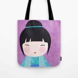 Kokeshi Kinu gros plan Tote Bag