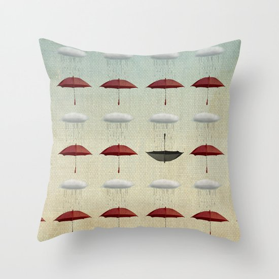 embracing the rain pattern Throw Pillow