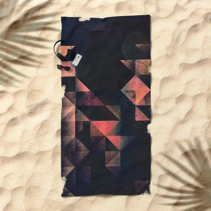 nyxt chyptyr Beach Towel