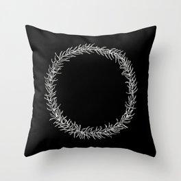 Minimalist wreath 02 Throw Pillow