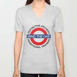 MIND THE GAP - INSTINCTIVE ARCHERY TRADITIONAL TRAINING Unisex V-Neck