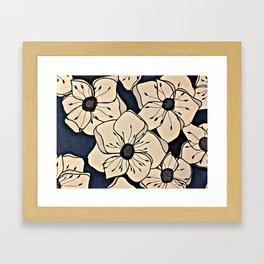 Mohnblume Framed Art Print
