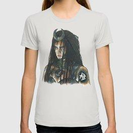 Cara Delevingne suicide squad T-shirt