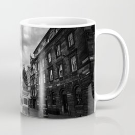 Adam Smith statue on The Royal Mile in Edinburgh, Scotland Coffee Mug