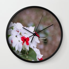 Sorriso Floral Wall Clock
