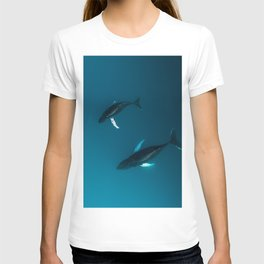 Mother and Child – Humpback Whales in the Ocean – Minimalist Wildlife Photography T-shirt
