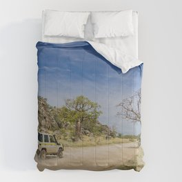 Leopold Downs Road Comforters