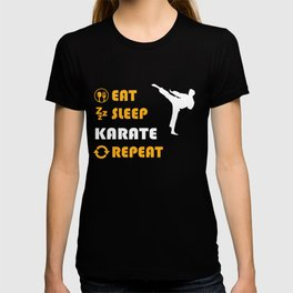 Karate - present for men and women T-shirt