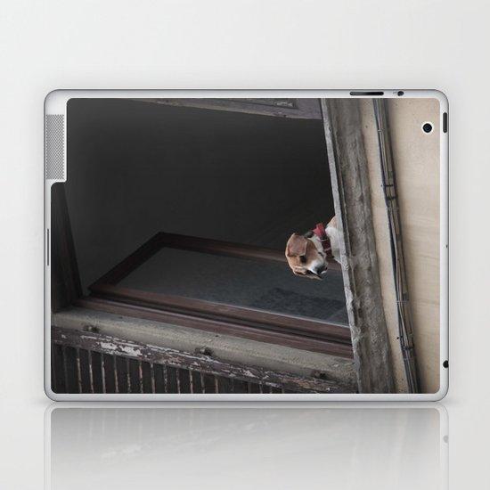 take me with you _ Beagle in a window Laptop & iPad Skin