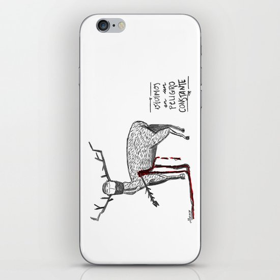 Vivimos en un peligro constante (We live in a constant danger) iPhone & iPod Skin