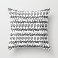 aliens Throw Pillows featuring Aliens by audreymalo