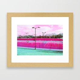 mon coeur est sur la court Framed Art Print