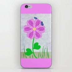 Une fleur avec deux papillons iPhone & iPod Skin