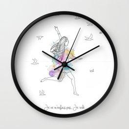 Je vole Wall Clock