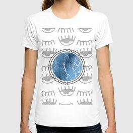 eye see ocean sky T-shirt