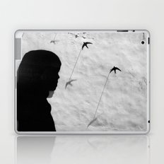 Girl in Córdoba Laptop & iPad Skin