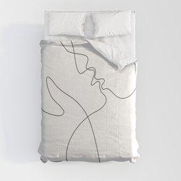 Line art drawing - minimalist kiss. Comforters