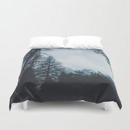 Dark misty forest Duvet Cover
