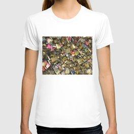 Love Padlocks T-shirt
