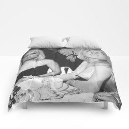FEUD: Paris and Lindsay Comforters