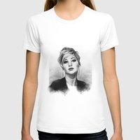 jennifer lawrence T-shirts featuring Jennifer Lawrence by Cécile Pellerin