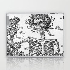 SKELETON AND ROSE BUSHES Laptop & iPad Skin