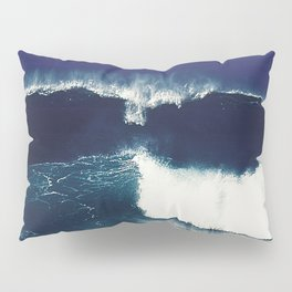 the wave Pillow Sham
