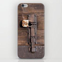 Locked - verschlossen iPhone Skin