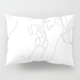 Couple - Minimal Line Drawing Pillow Sham
