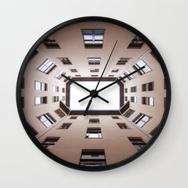 Hinterhof 60 Wall Clock