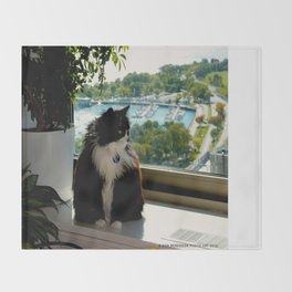 Contemplating Cat (Gracie Queen of Chicago Collection) Throw Blanket