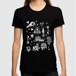 Full Of Secrets Witchy Goth Punk Pattern T-shirt