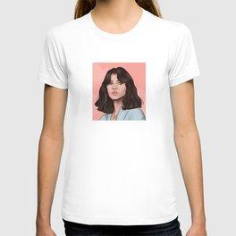 Felicity Jones in Pink T-shirt