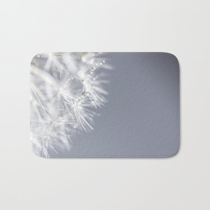 Sparkling dandelion with droplets - Flower water Bath Mat